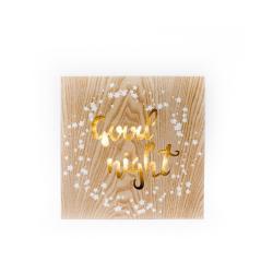 Závěsná dřevěná svítící dekorace Dakls Good Night