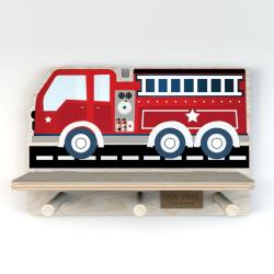 Nástěnná police s motivem hasičského vozu Dekornik