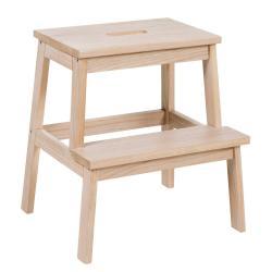 Matně lakovaná dubová stolička/schůdky Rowico Nanna
