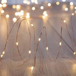 Transparentní LED světelný řetěz DecoKing Lights, 240světýlek, délka 4,5 m