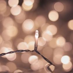 LED světelný řetěz DecoKing Drop, 300 světýlek,délka12,38m