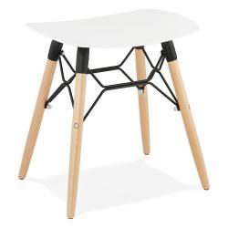Bílá stolička Kokoon Jartel