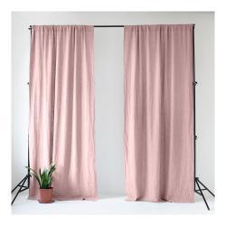 Světle růžový lněný závěs s tunýlkem Linen Tales Night Time, 275x140cm