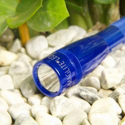 INC., INC. Modrá LED kapesní svítilna Mini-Maglite