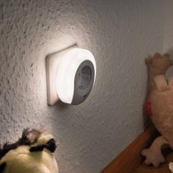 Paulmann Paulmann Esby LED noční světlo se zásuvkou, kulaté