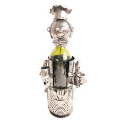 Clayre & Eef Kovový držák na láhev vína v designu číšníka Chevalier - 15*13*21 cm