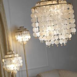 EULUNA Stojací lampa Ruben s perleťovými prvky