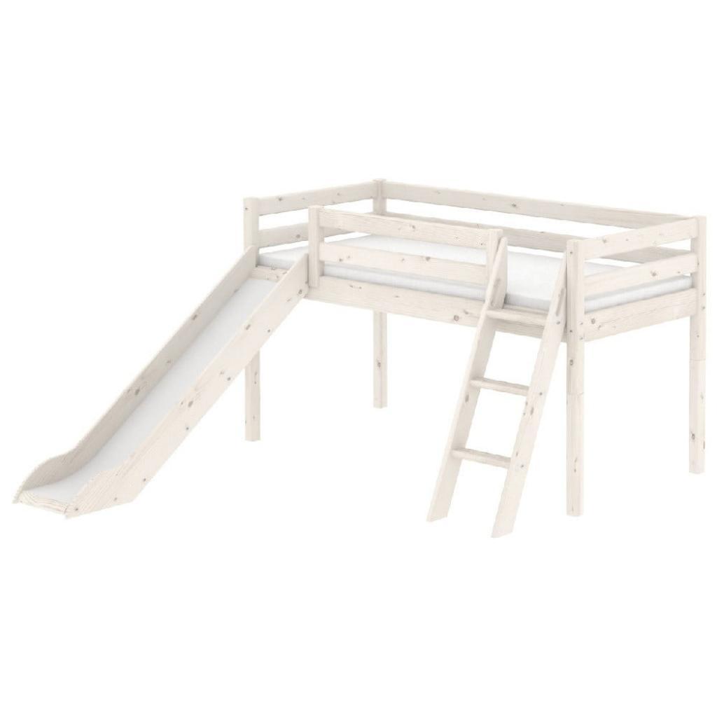 Produktové foto Bílá středně vysoká dětská postel z borovicového dřeva se skluzavkou a žebříkem Flexa Classic, 90x200cm