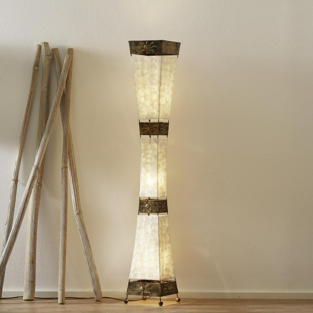Produktové foto Paul Neuhaus Krásná stojací lampa ABUJA