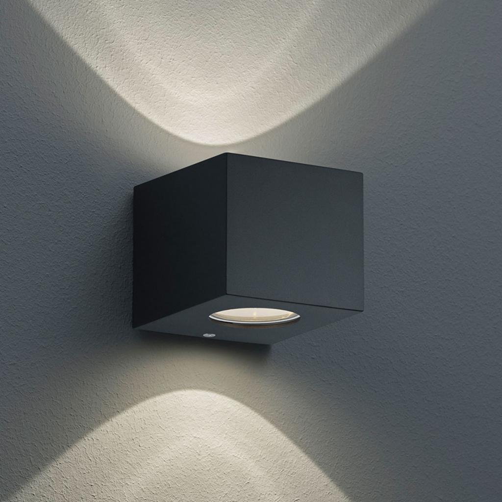 Produktové foto Reality Leuchten Hranaté LED venkovní nástěnné světlo Cordoba černé