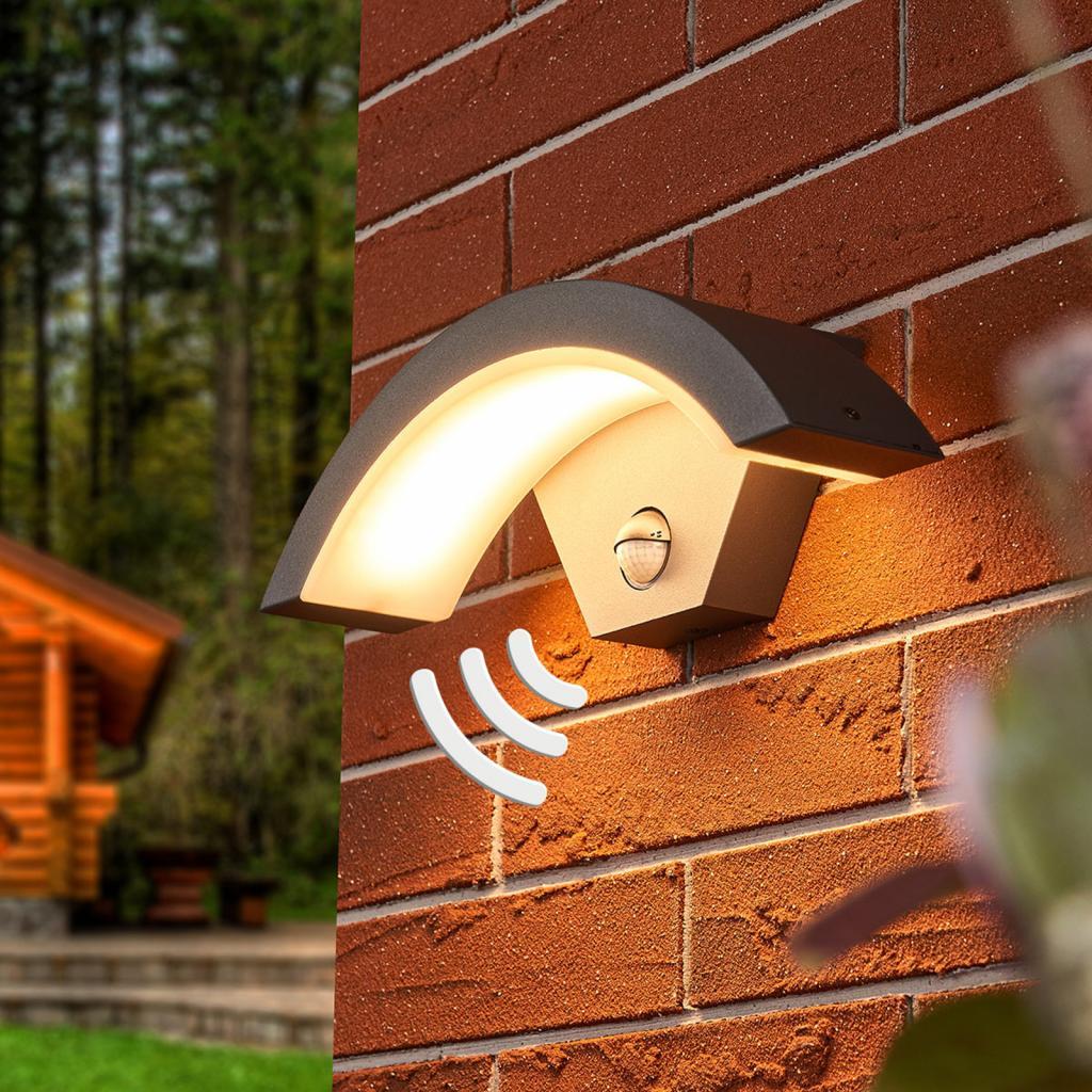 Produktové foto Lucande Venkovní nástěnné LED svítidlo Jule se senzorem