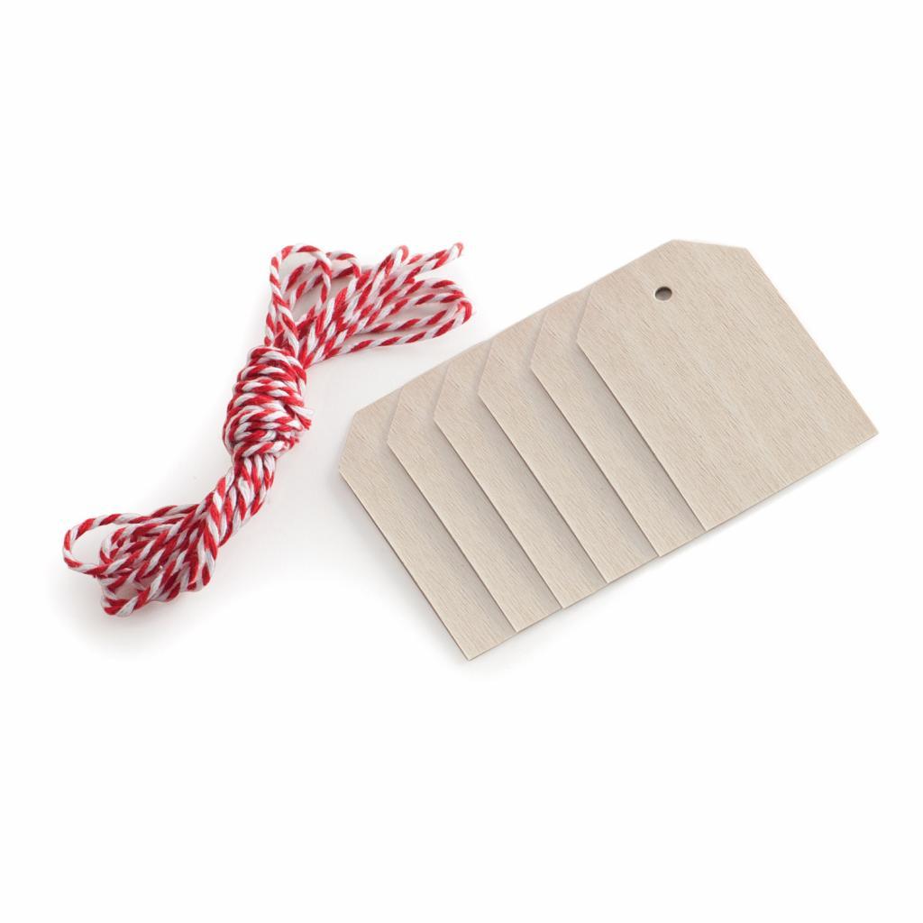 Produktové foto Nordic Ware Dřevěné visačky s provázem Wood Tags & Bakers Twine 6 kusů 6 stejných visaček