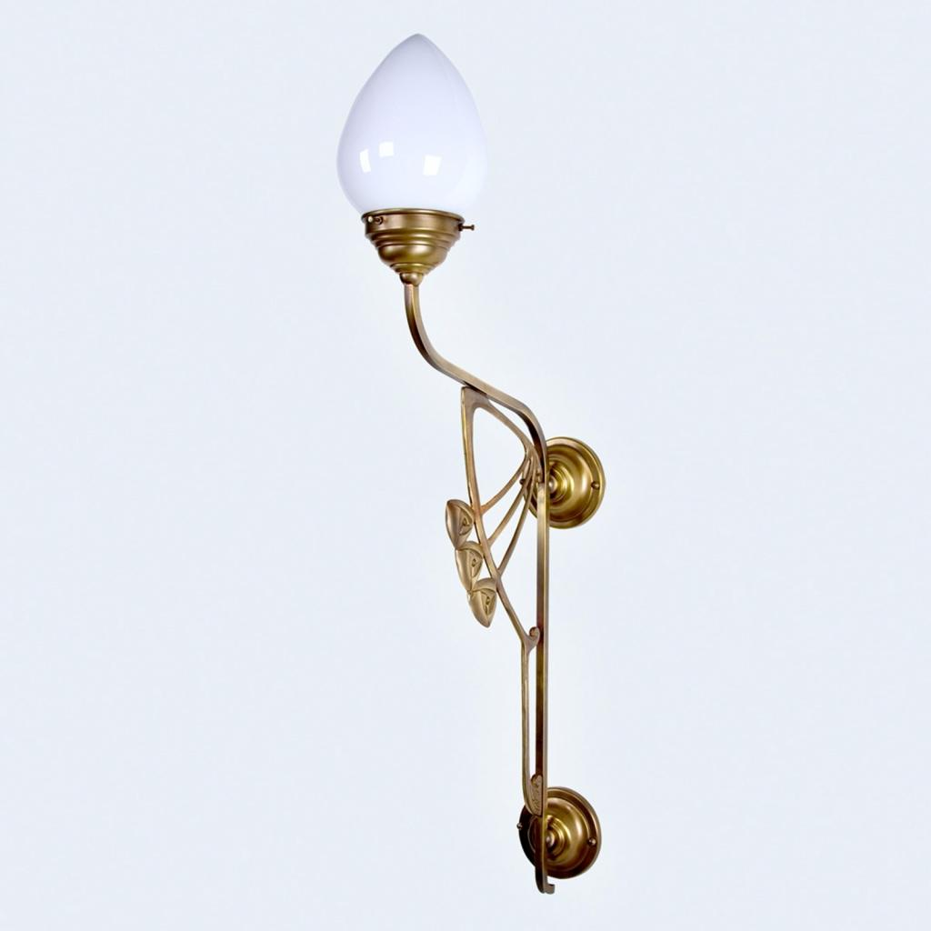 Produktové foto Berliner Messinglamp Nástěnné světlo Luxor v secesním stylu