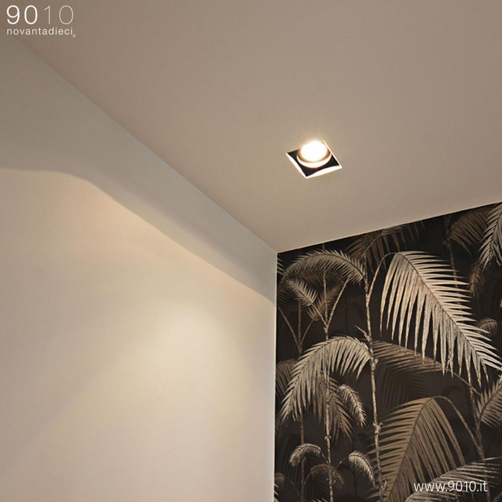 Produktové foto 9010 Stropní svítidlo 4246A, čtverec, 15 x 15 cm