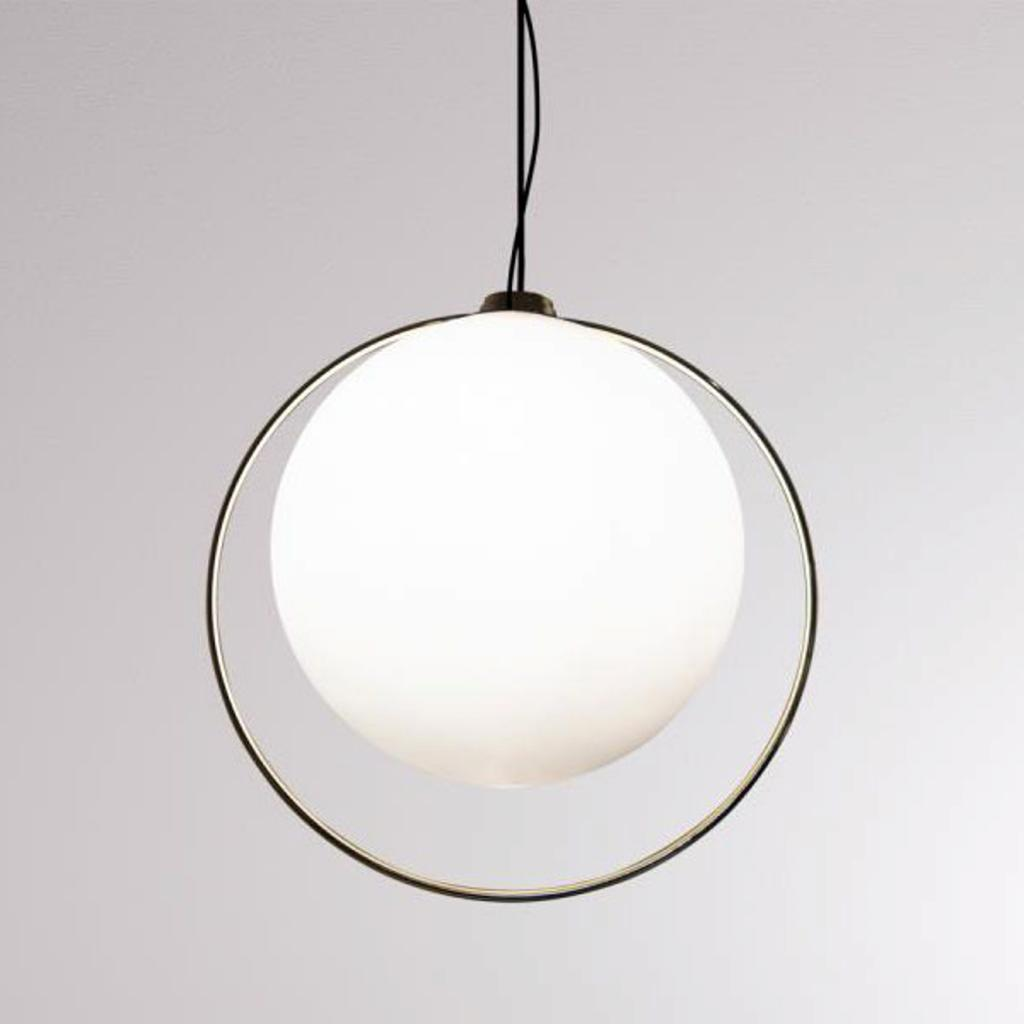 Produktové foto LOUM LOUM Tycho závěsné světlo s mosazným kruhem