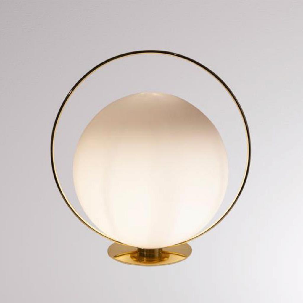 Produktové foto LOUM LOUM Tycho stolní lampa s mosazným kruhem