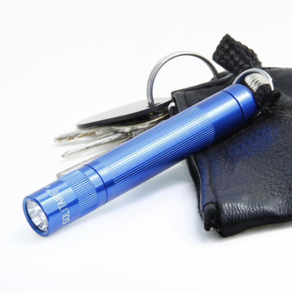 Produktové foto INC., INC. Modrá kapesní svítilna Maglite Solitaire