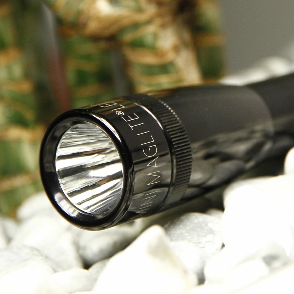 Produktové foto INC., INC. Užitečná kapesní svítilna LED Mini-Maglite, černá