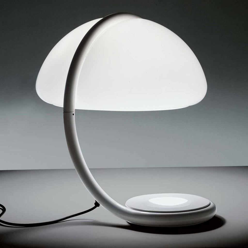 Produktové foto Martinelli Luce Martinelli Luce Serpente - stolní lampa, bílá