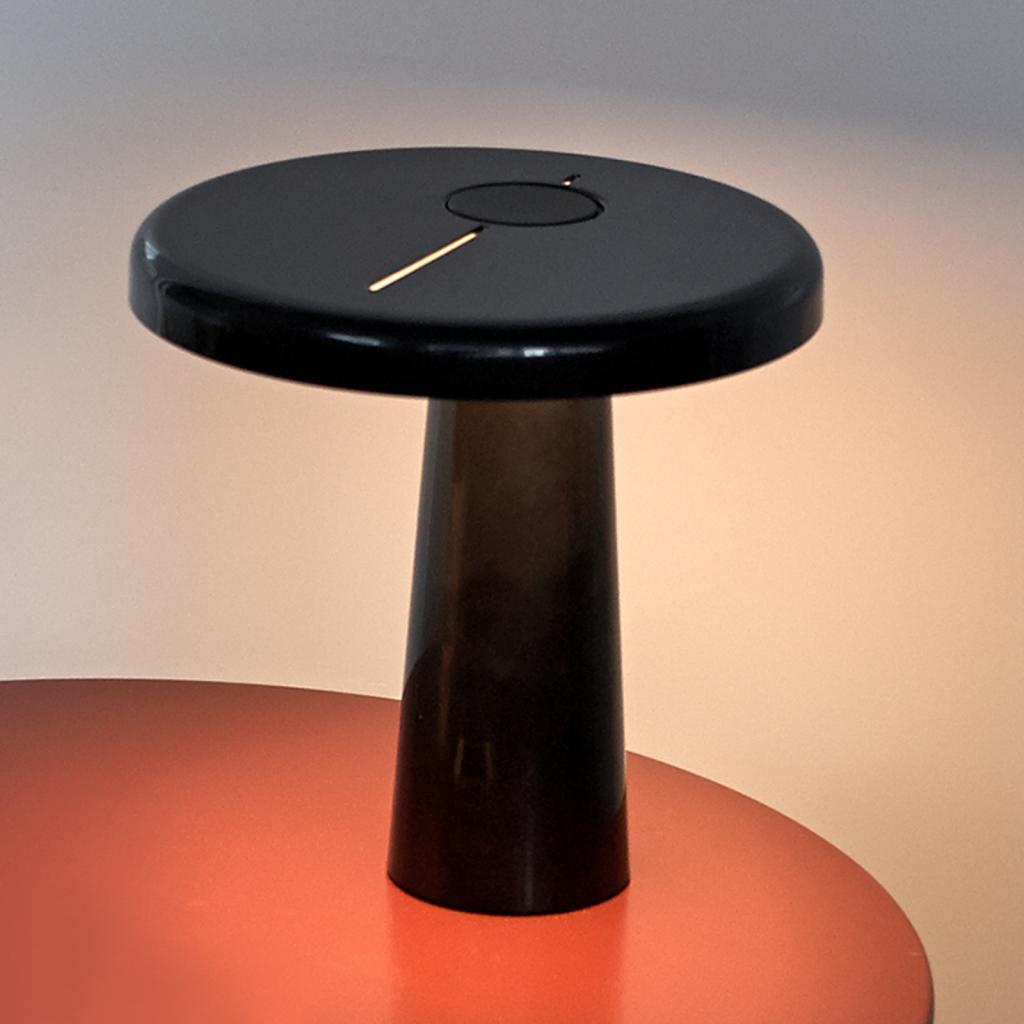 Produktové foto Martinelli Luce Martinelli Luce Hoop - LED stolní lampa v černé