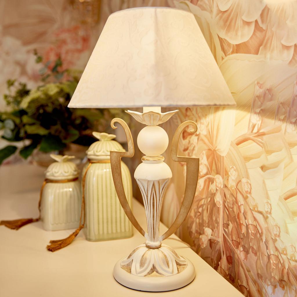 Produktové foto Maytoni Stolní lampa Monile