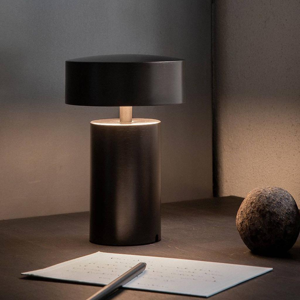 Produktové foto MENU Menu Column LED stolní lampa s dobíjecí baterií