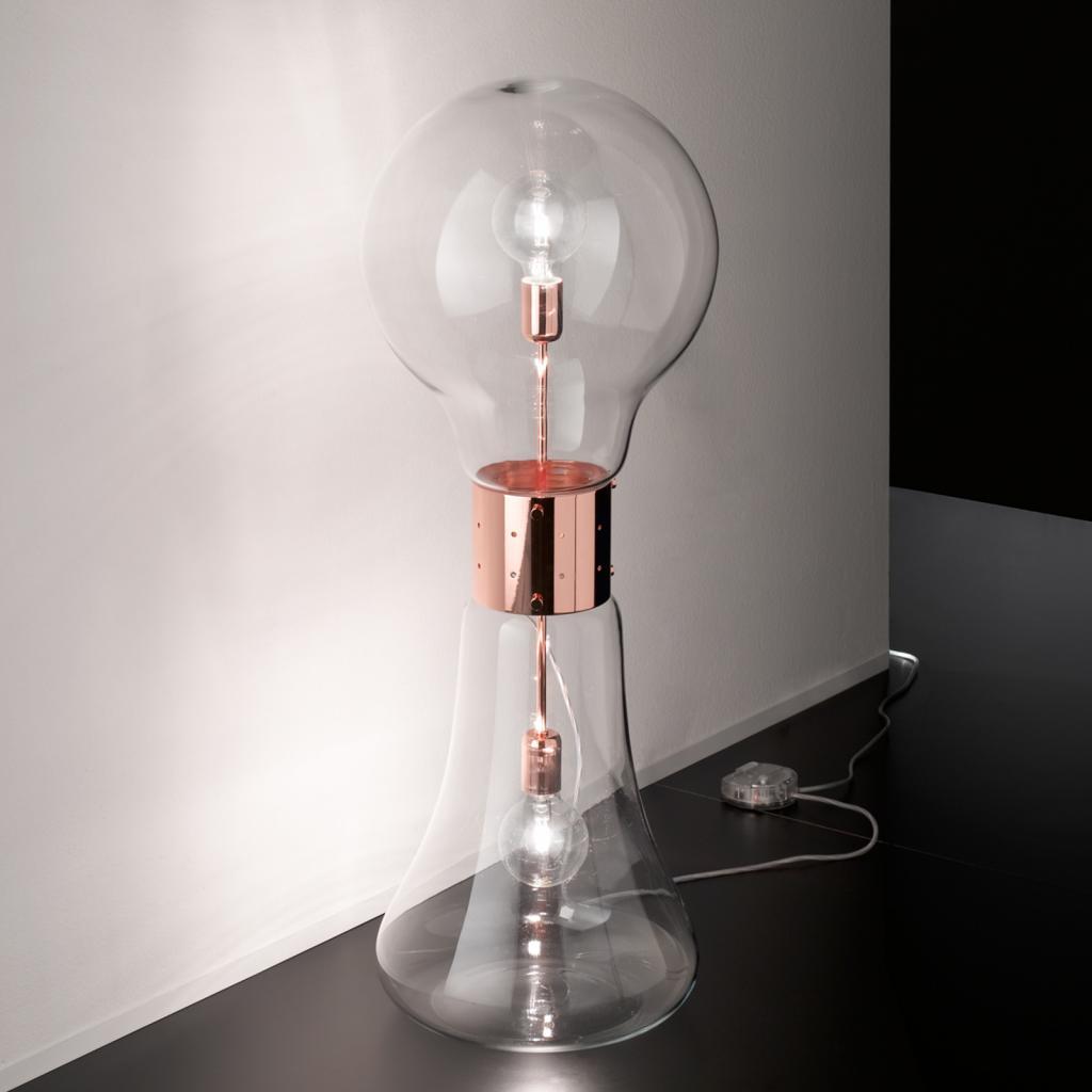 Produktové foto Selene Designová stojací lampa Dina ze skla, měď