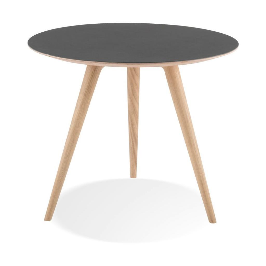 Produktové foto Odkládací stolek z dubového dřeva s černou deskou Gazzda Arp, ⌀55cm