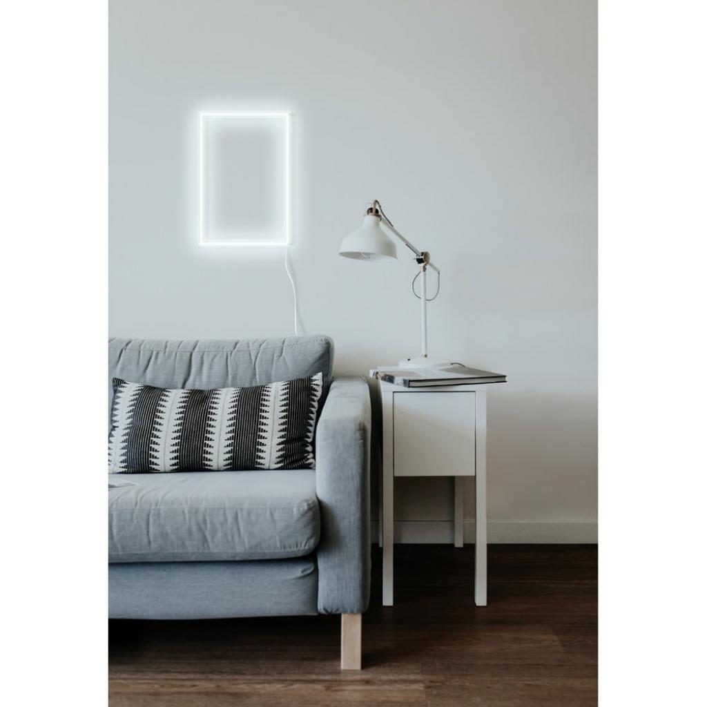 Produktové foto Bílá nástěnná svíticí dekorace Candy Shock Rectangle