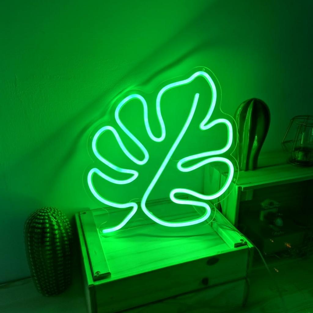 Produktové foto Zelená nástěnná svíticí dekorace Candy Shock Leaf