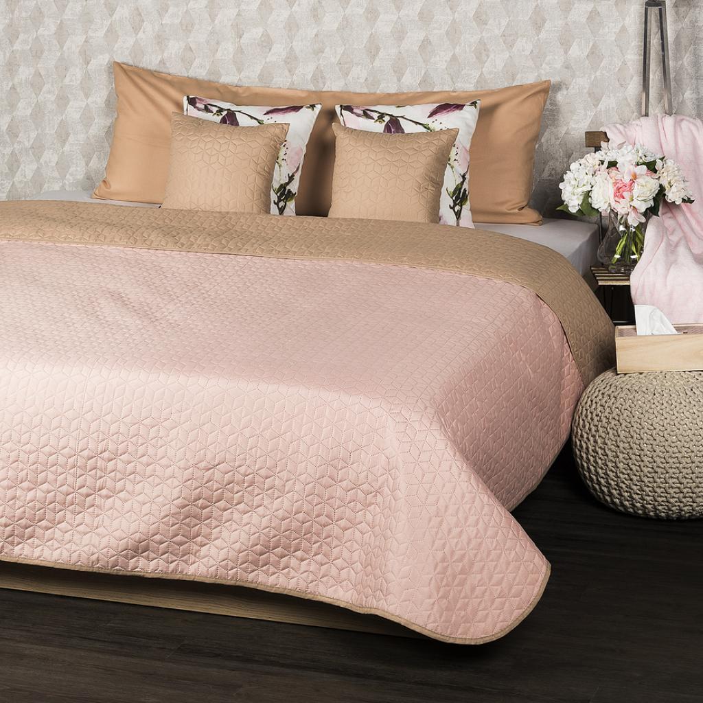 Produktové foto 4Home Přehoz na postel Doubleface béžová/růžová, 220 x 240 cm, 2x 40 x 40 cm