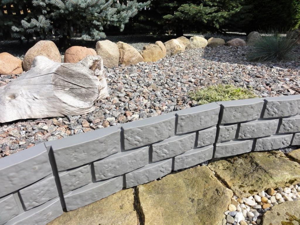 Produktové foto Zahradní palisáda obrubník lem trávniku 2,2 m šedá